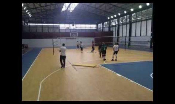Menbel Sports International.Centro Naval del Perú. Piso Deportivo, Vinílico de PVC MEGA