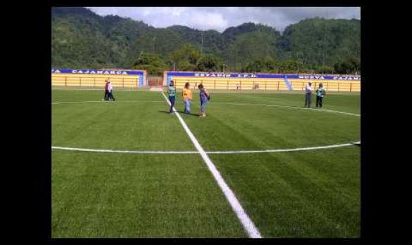 Menbel Sports International. Estadio IPD de Nueva Cajamarca.FIFA 2 estrellas.